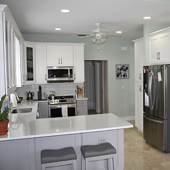 Cabinets: Jarlin model SG. Soda Uppers, and Sterling Lowers - Backsplash: 4' x 8